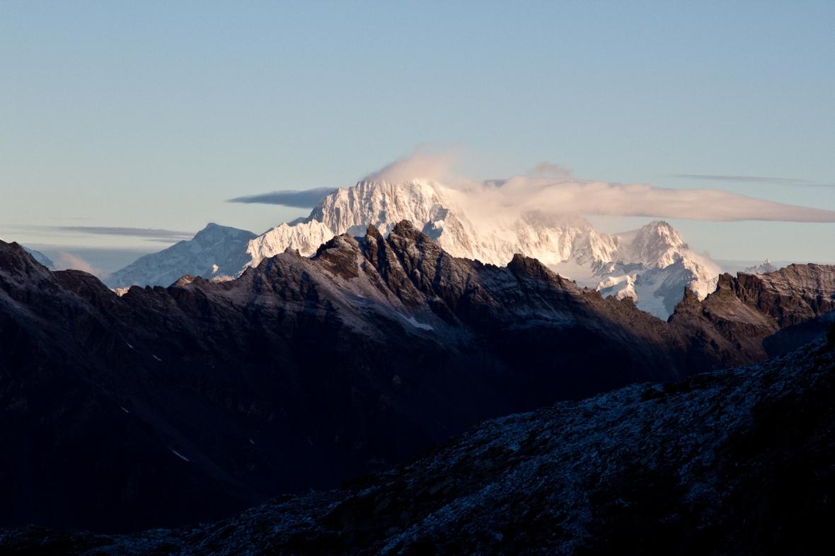 Gran_Paradiso_sep13_020_Mont Blanc 2