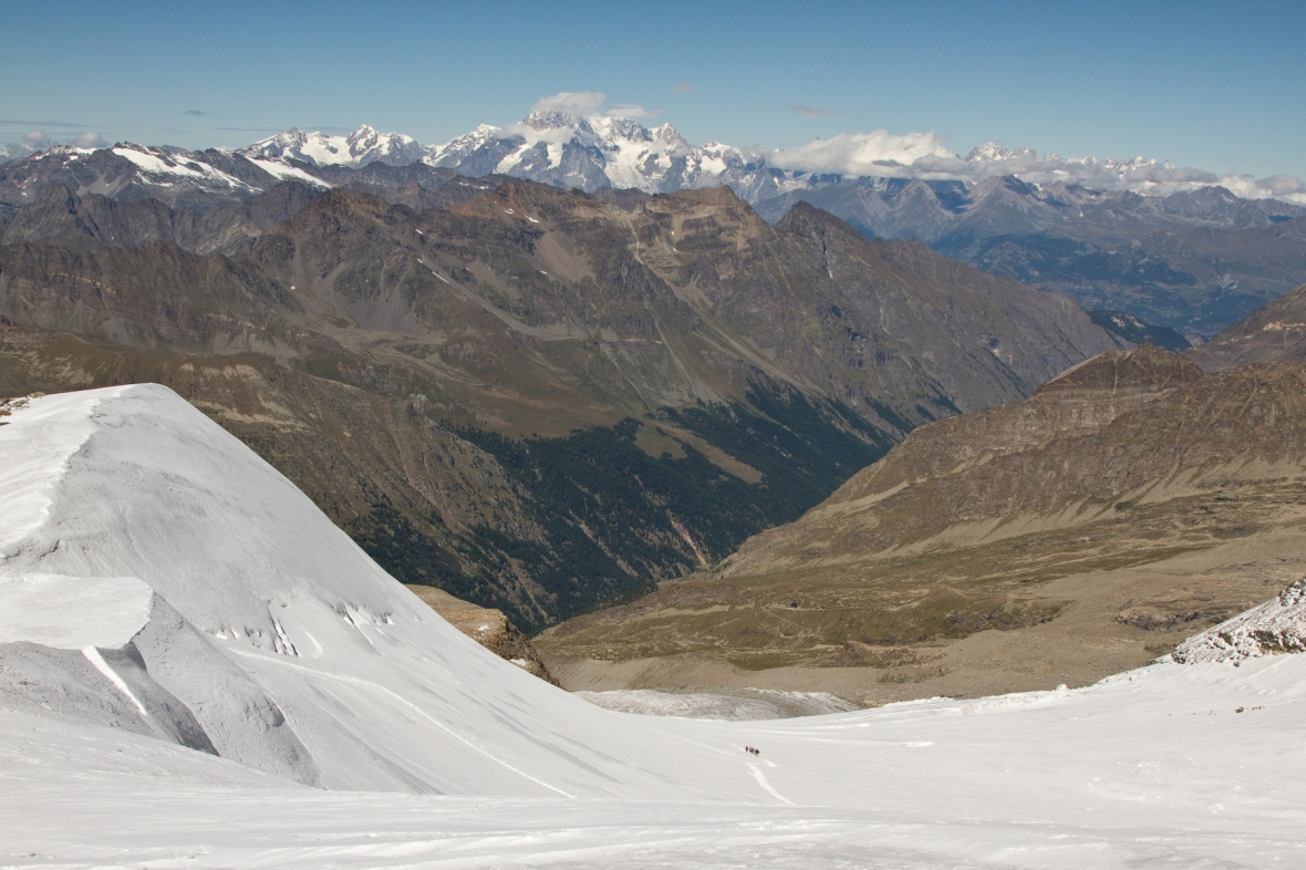 Gran_Paradiso_sep13_040_vedere spre Mont Blanc