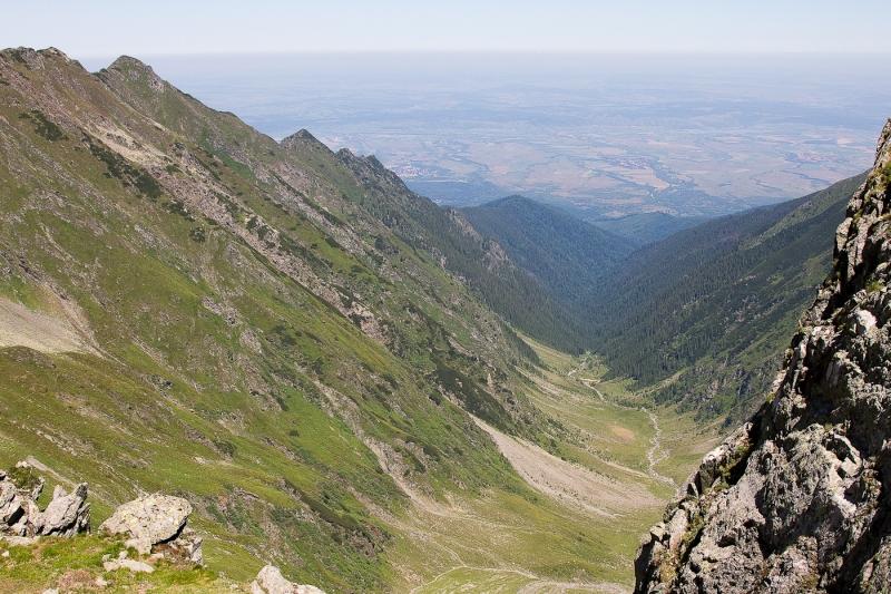 Vf Moldoveanu_012_vedere spre Transilvania din saua